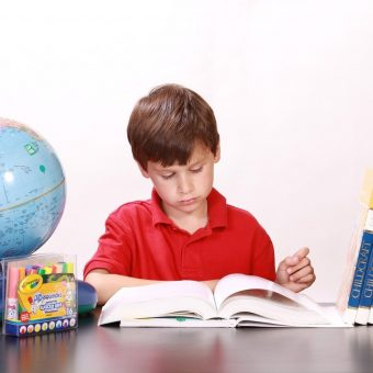 Comment bien choisir son bureau pour enfant?