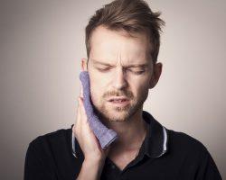 Comment soigner une plaie à l'intérieur de la bouche ?