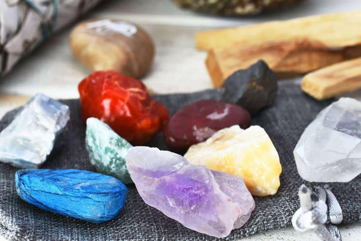 Plateau fleur de vie pierres précieuses
