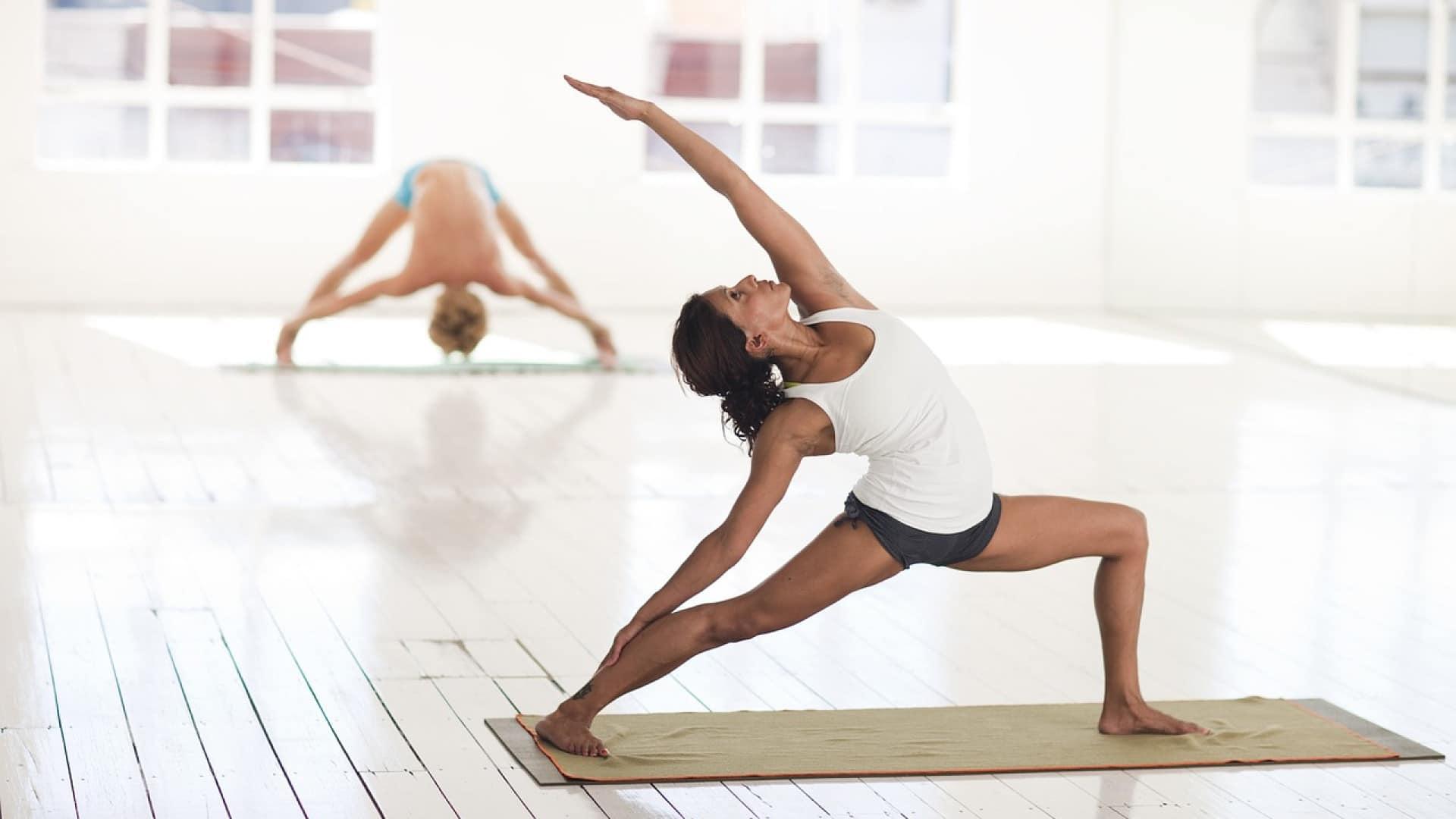 Du yoga en visio pour se détendre